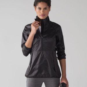 Lululemon Run with It Windbreaker Jacket Black